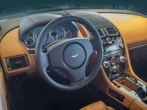 Tableau de bord et intérieur d'Aston Martin Photos libres de droits