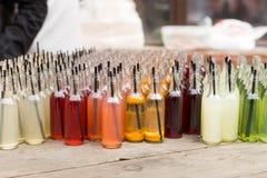 Tableau de soda gastronome dans la variété de saveurs image stock