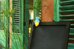 Tableau en bois vide pour des restaurants images libres de droits