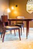 Tableau et chaise Image stock