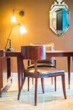 Tableau et chaise Image libre de droits