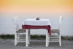 Tableau et chaises image libre de droits