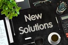 Tableau noir avec de nouvelles solutions rendu 3d Image libre de droits
