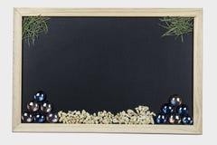 Tableau noir avec le cadre en bois Photographie stock