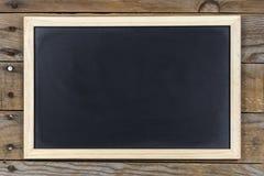 Tableau noir avec le cadre en bois Image libre de droits