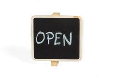 Tableau noir avec le mot manuscrit ouvert Photographie stock libre de droits
