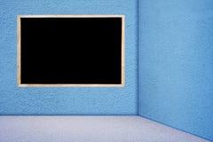 Tableau noir dans la chambre bleue Image libre de droits