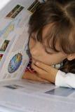 Tableau noir et enfant Images libres de droits