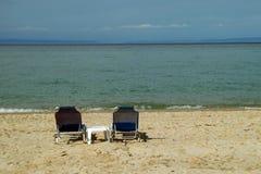 Tableau pour deux sur la plage Photographie stock