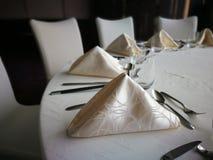 tablecloth för tabell för kaviarmatställepannkakor royaltyfri foto