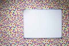 Tablero blanco e ilusión óptica Fotografía de archivo libre de regalías