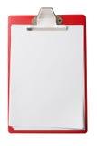 Tablero con las hojas de papel en blanco aisladas con Fotografía de archivo libre de regalías