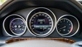 Tablero de instrumentos auto del control de velocidad Imágenes de archivo libres de regalías