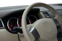 Tablero de instrumentos del coche y volante Imágenes de archivo libres de regalías