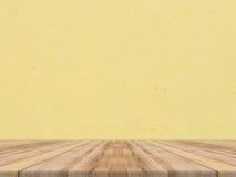 Tablero de la mesa de madera en la pared de papel tropical de la textura, mofa de la plantilla para arriba imagen de archivo