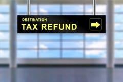 Tablero de la muestra del aeropuerto del reembolso del impuesto Fotografía de archivo libre de regalías