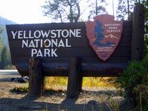 Tablero de la muestra del parque nacional de Yellowstone Imágenes de archivo libres de regalías