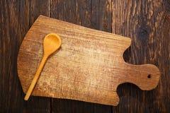 Tablero de madera en fondo de madera rústico Imagenes de archivo