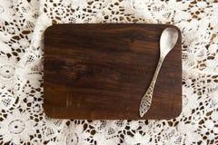 Tablero de madera en la parte posterior del cordón Imagen de archivo