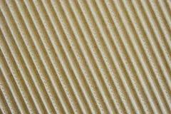 Tablero de papel estriado de embalaje con las ondas grandes Foto de archivo