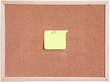 Tablero del corcho y blanco del papel en blanco aislado Imágenes de archivo libres de regalías