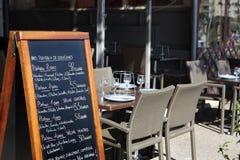 Tablero del menú del restaurante de París Imagen de archivo