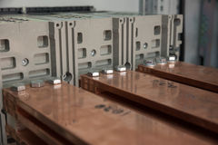 Tablero eléctrico del poder más elevado con las barras de cobre Foto de archivo libre de regalías