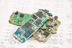 Tablero electrónico de los teléfonos móviles fotos de archivo