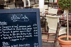 Tablero París del menú del restaurante del café de la calle Foto de archivo libre de regalías