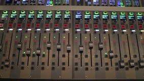 Tablero sano de Digitaces usado para mezclar audio almacen de video