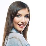 Tablero sonriente joven del espacio en blanco de la demostración de la mujer Imágenes de archivo libres de regalías