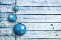 Tableros de madera con los bulbos de Navidad fijados Fotografía de archivo libre de regalías