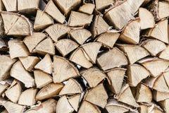 Tableros de madera de la foto ancha horizontal, abedul y otros árboles para calentar de la casa en invierno La paleta de fresco Imagenes de archivo