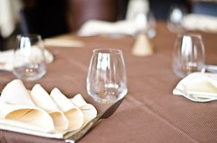 Tables at the restaurant. Tables backgrounds set in the restaurant waiting for customers Royalty Free Stock Photos