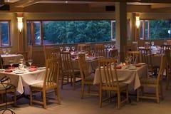 Tables de restaurant Image stock