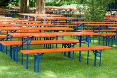 Tables et bancs de bière Image libre de droits