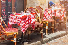 Free Tables Of Traditional Outdoor French Cafe In Paris Royalty Free Stock Images - 97032929