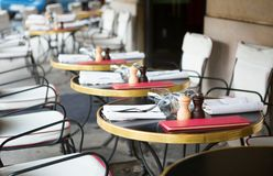 Tables of Parisian outdoor restaurant Royalty Free Stock Photos