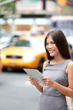 Tablet computer business woman in New York City Royalty Free Stock Photos