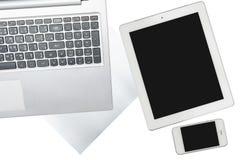 Tablet, Computer, Smartphone und Papier wird an transparen lokalisiert lizenzfreies stockbild