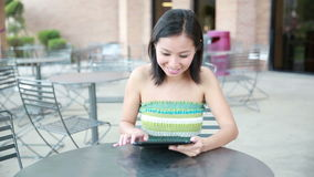 Tablet computer woman smiling Royalty Free Stock Photos