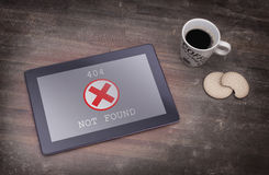 Tablet displaying an error, 404 Royalty Free Stock Photo