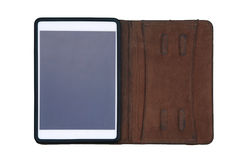 Tablet door leergeval wordt op wit wordt geïsoleerd behandeld dat Royalty-vrije Stock Fotografie