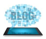 Tablet PC:N med blogging begrepp Royaltyfri Foto