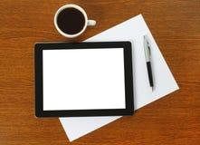 Tablet PC, papel y pluma Fotos de archivo libres de regalías