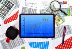 Tablet with stock chart Royalty Free Stock Images