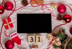 Tableta con la decoración del Año Nuevo Foto de archivo libre de regalías