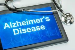 Tableta con la enfermedad de Alzheimer de la diagnosis imagenes de archivo