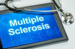 Tableta con la esclerosis múltiple de la diagnosis imagenes de archivo