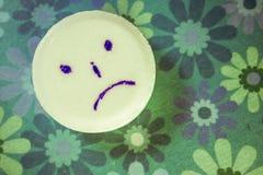 Tableta triste imagen de archivo